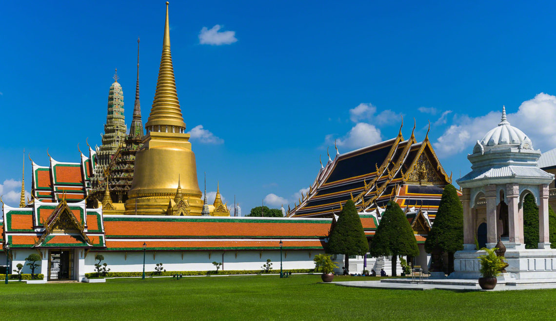 Bangkok: Golden Palace, Magical Temple